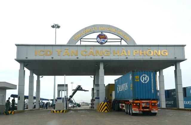 Hoạt động xuất nhập khẩu hàng hóa tại cảng Hải Phòng