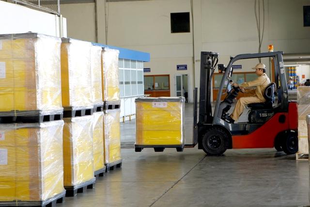 Hàng hóa xuất nhập khẩu tại kho NCTS Nội Bài