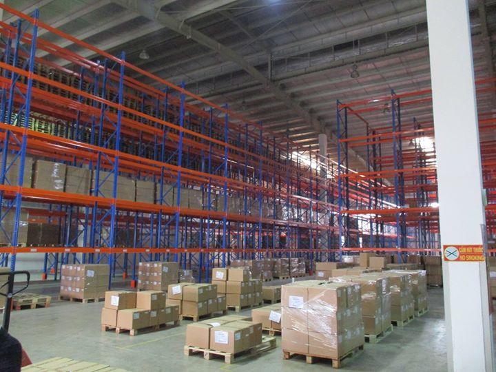 Kho xử lý hàng hóa tại cảng hàng không Nội Bài