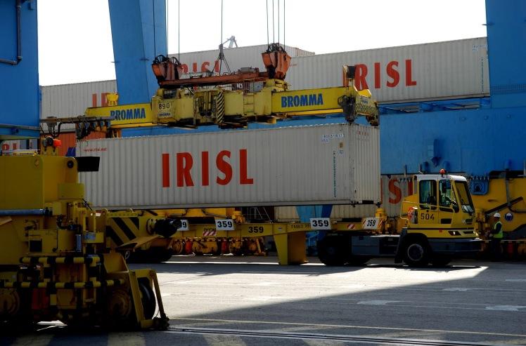 Vận tải đường biển bằng container của MLC