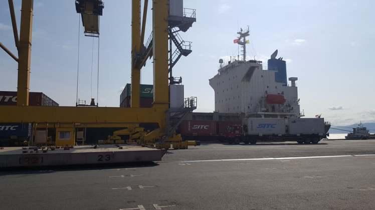 Dịch vụ giao nhận tại cảng bãi của MLC