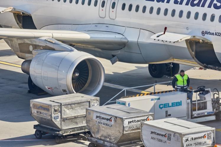 Tập kết hàng hóa xuất nhập bằng đường hàng không