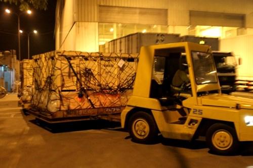 Khai thác hàng hóa xuất nhập khẩu tại sân bay